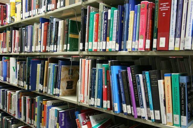 Bibliotheque Les Amis Du Livre
